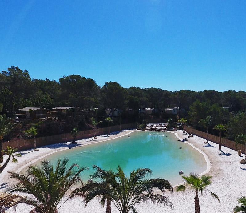 Lagon artificiel à Argelès au camping Le Lagon